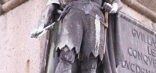 rollon statue
