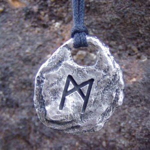 Mannaz Pendant Rune Necklace