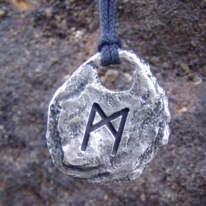 Mannaz Pendant Rune Necklace
